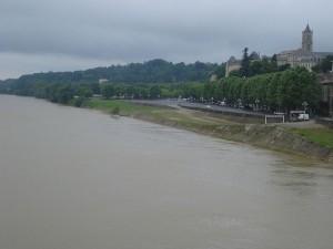 Garonne river Bordeaux